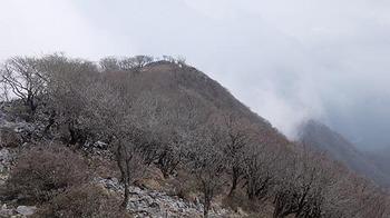 minami-peak.jpg